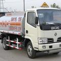 新中绿东风金霸化工液体运输车