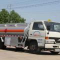 力威江铃5吨飞机加油车