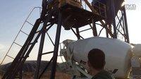 小型混凝土搅拌车和混凝土搅拌站配合试运行 (138播放)