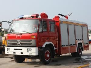 程力东风6.5方泡沫消防车