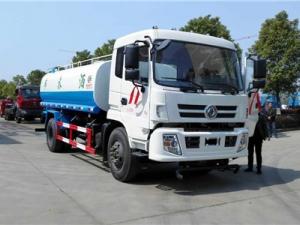 东风国五御虎15吨洒水车