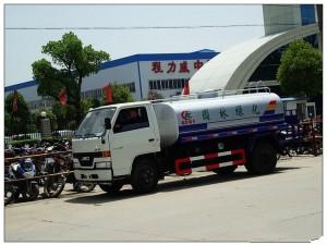 程力江铃6吨洒水车