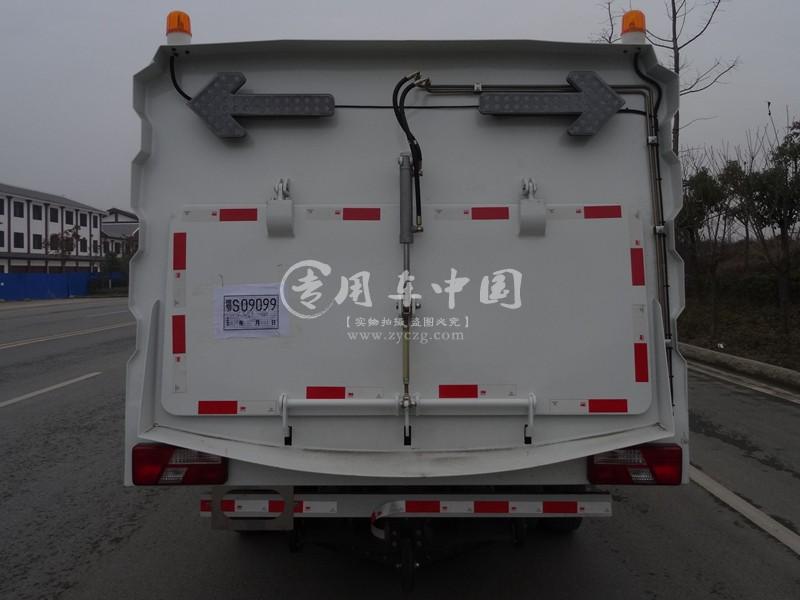 江铃新款7方扫路车