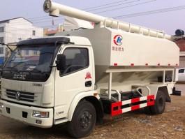 二手东风多利卡7吨饲料车