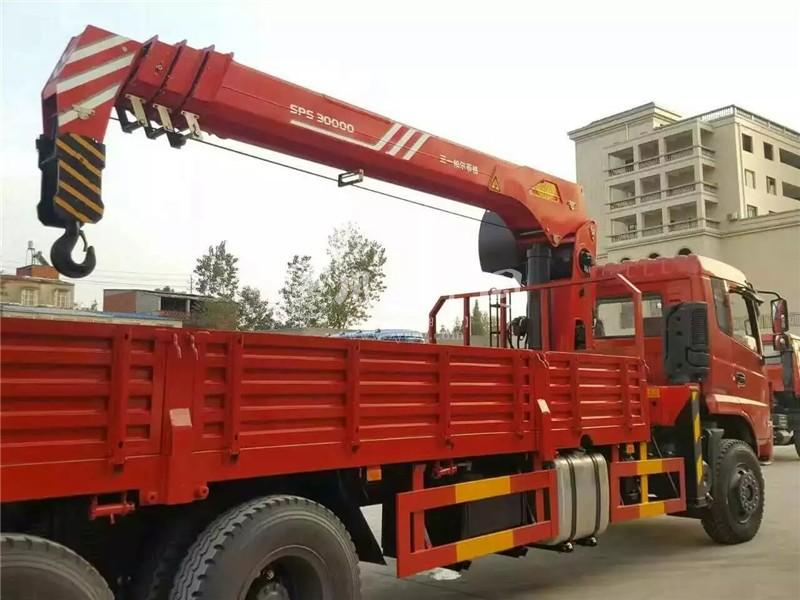 东风10吨随车吊图片三