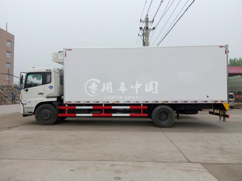 江南东风天锦7.4米冷藏车