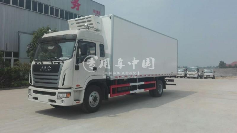 江南江淮格尔发7米冷藏车
