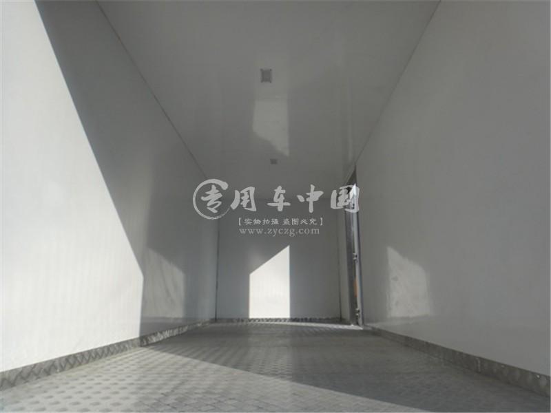 江南福田奥铃5.8米冷藏车