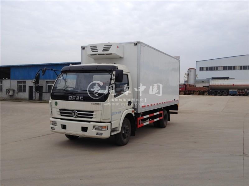 江南东风多利卡5.1米冷藏车