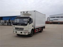 江南东风多利卡4.2米冷藏车