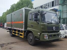 东风专用爆破器材运输车 (4)