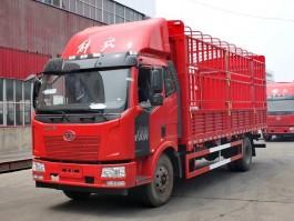 解放J6 6.8米仓栅车 (7)