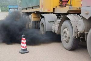 环保部:将减少重型柴油货车使用,引导京津冀货运转向铁路