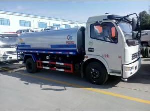 东风3-8吨洒水车国五绿化喷洒车价格