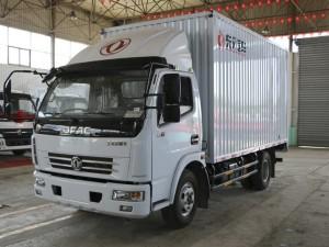 东风小型厢式货车
