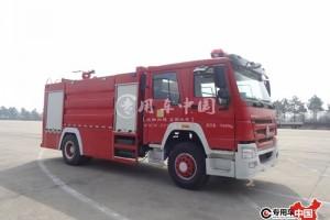 8方重汽豪沃水罐消防车价格¥46.3万