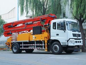 东风随专25米混凝土泵车