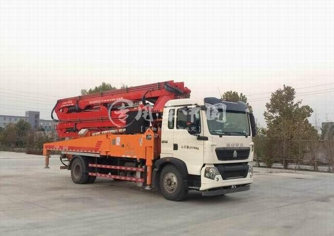 重汽30米混凝土泵车
