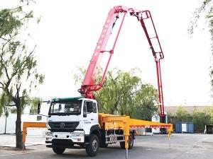重汽M5G33米混凝土泵车