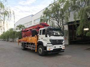 重汽T5G35米混凝土泵车
