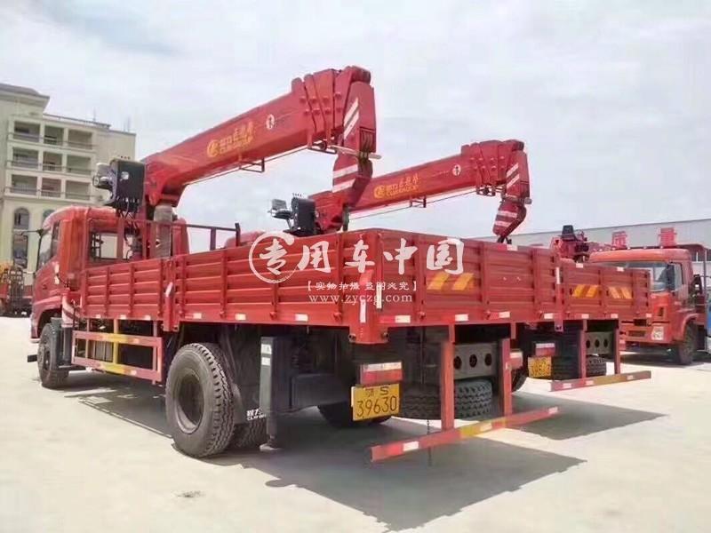 东风6.3吨随车吊