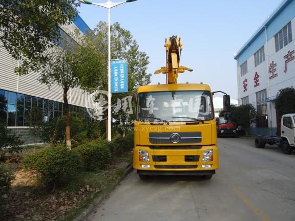 东风天锦22米折臂式高空作业车