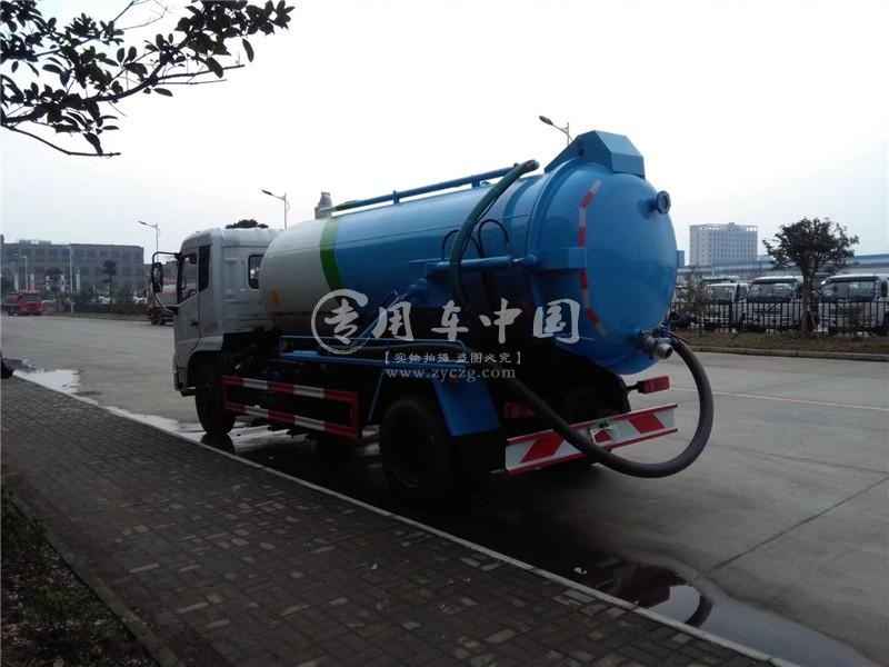 东风天锦8方吸污车