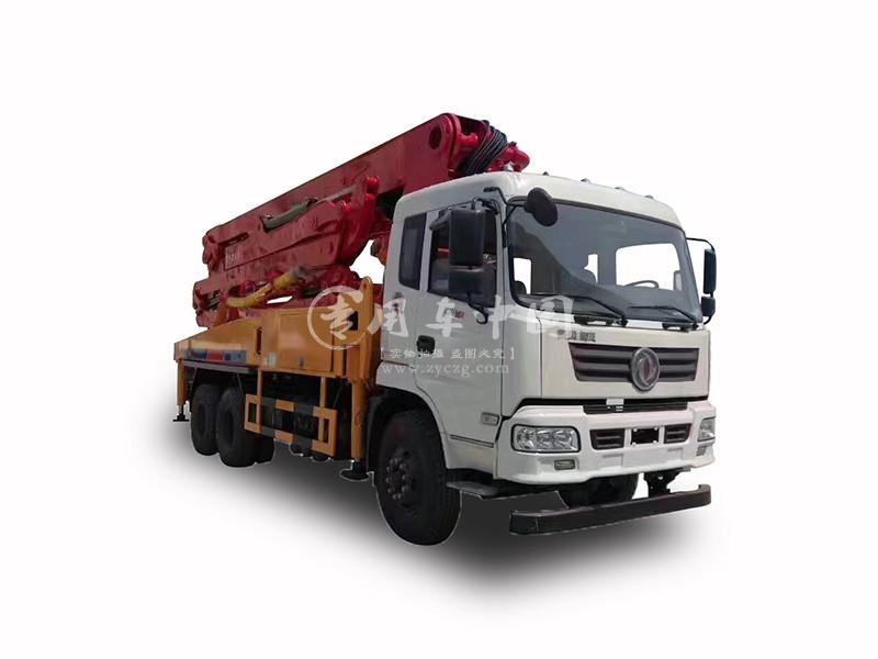 华一东风御虎35米混凝土泵车