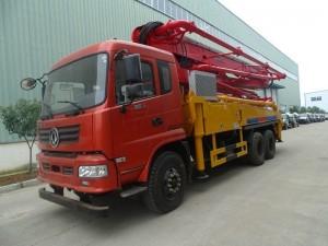 东风御虎35米小型混凝土泵车