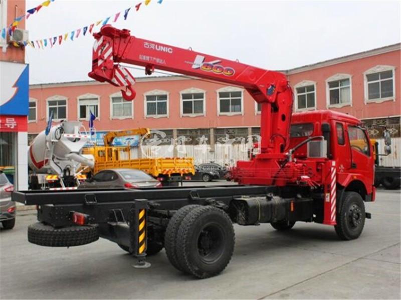 三环2吨随车起重运输车