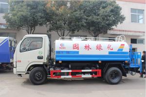 最新国五3吨东风金霸洒水车厂家直销