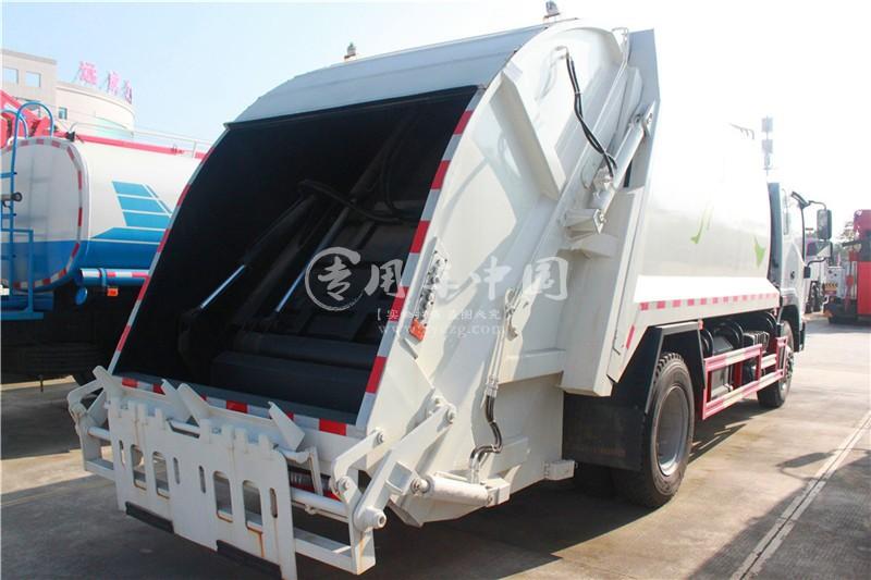 江淮5方压缩式垃圾车图片2