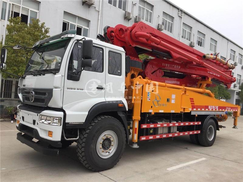 重汽37米混凝土泵车