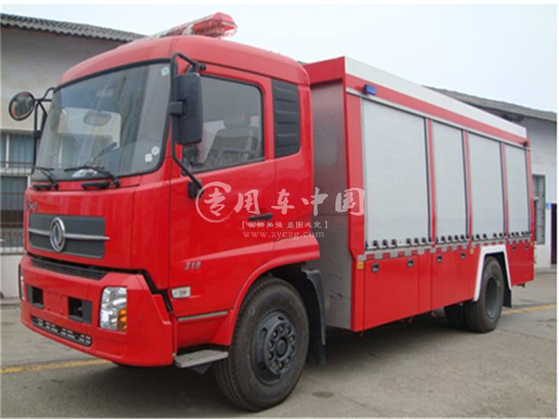 东风7吨泡沫消防车
