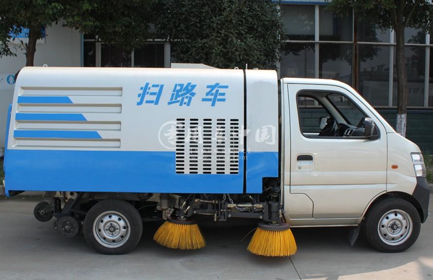 长安扫路车