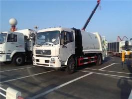 东风12方压缩式垃圾车 (4)