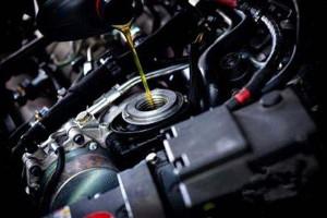 专用车发动机机油进水的原因和排查