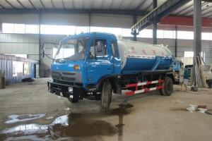 真空吸污车发动机机舱维修保养方法