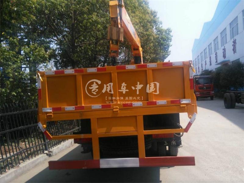 东风福瑞卡8吨随车吊图片