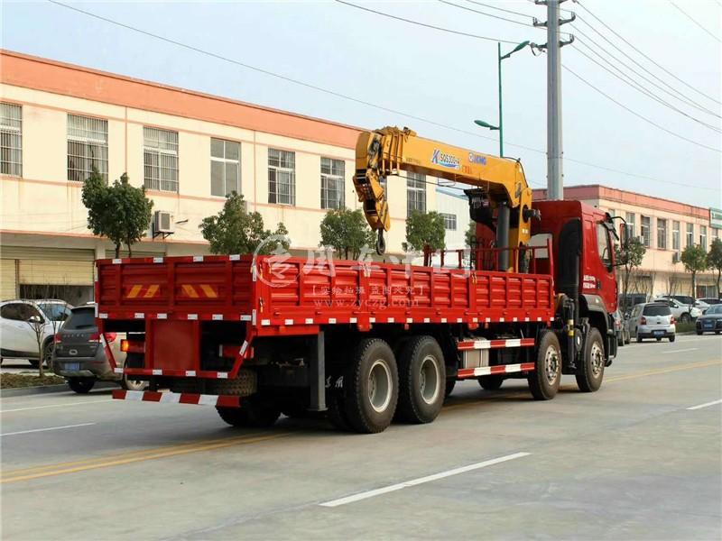 东风柳汽16吨随车吊图片