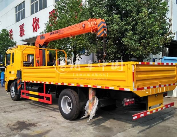 江淮格尔发6.3吨随车吊图片