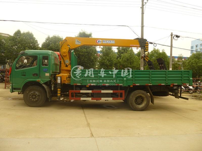 程力东风多利卡6.3吨随车吊图片二