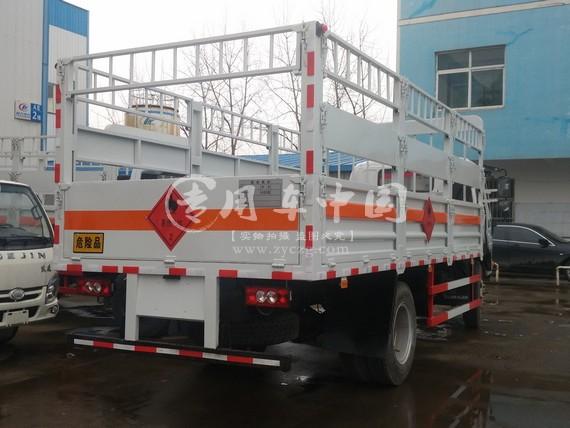 程力福田欧马可5米气瓶运输车