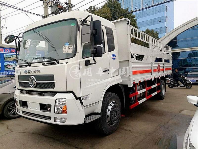 东风天锦6.6米气瓶运输车