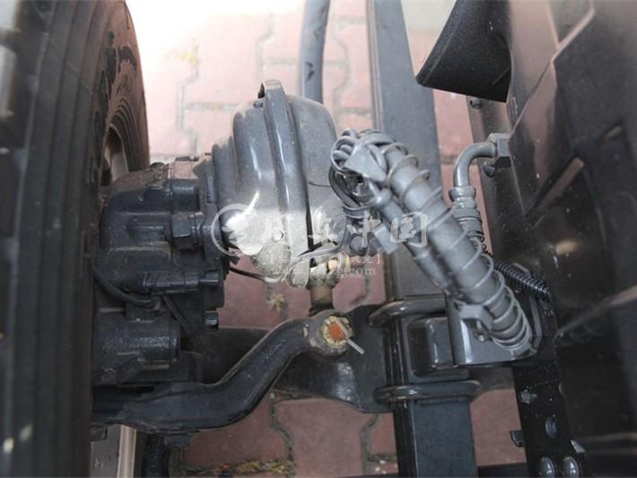 大多利卡5.1米爆破器材运输车