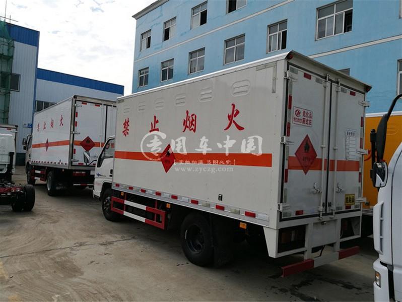 程力江铃顺达4.2易燃固体运输车