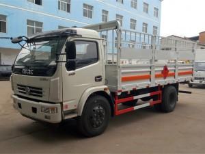 东风大多利卡5.1米气瓶运输车