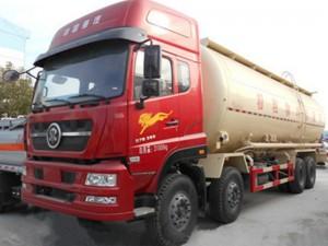 程力重汽40方粉粒物料运输车