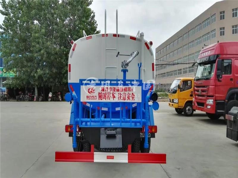 东风145 10方洒水车图片