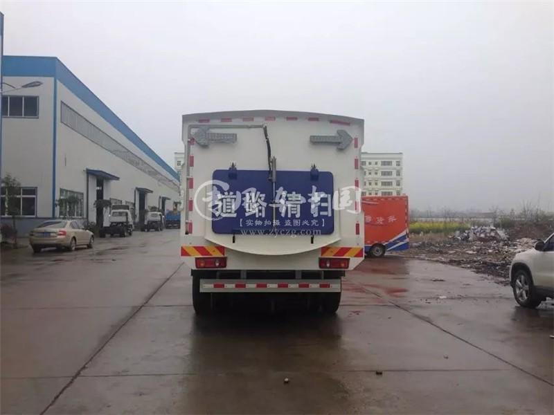 程力东风天锦扫路车图片